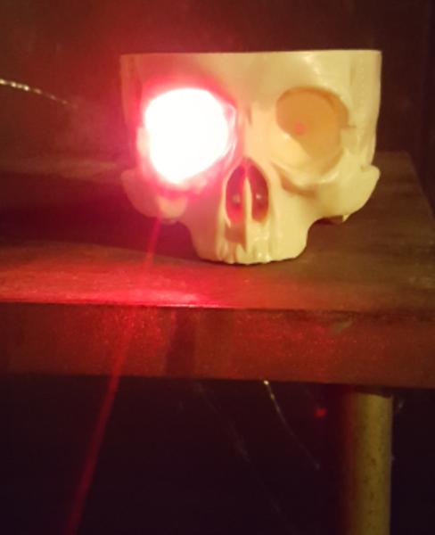 Le labyrinthe laser-Assemblage physique