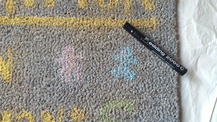 DIY : Customiser son paillasson ou son tapis- Dessiner les contours