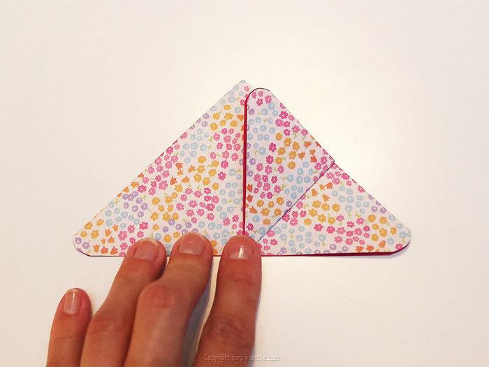 Cadre printanier aux inspirations japonaises-Les jolis papillons en origami