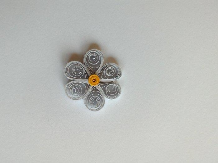 Fleurs en papier - Quilling-Fabriquer une pâquerette / marguerite - étape 2