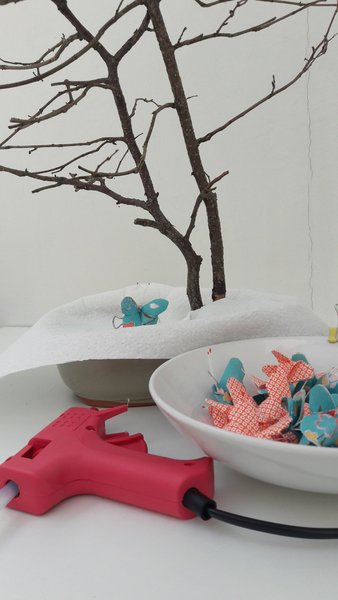 L'arbre aux papillons-L'installation des papillons