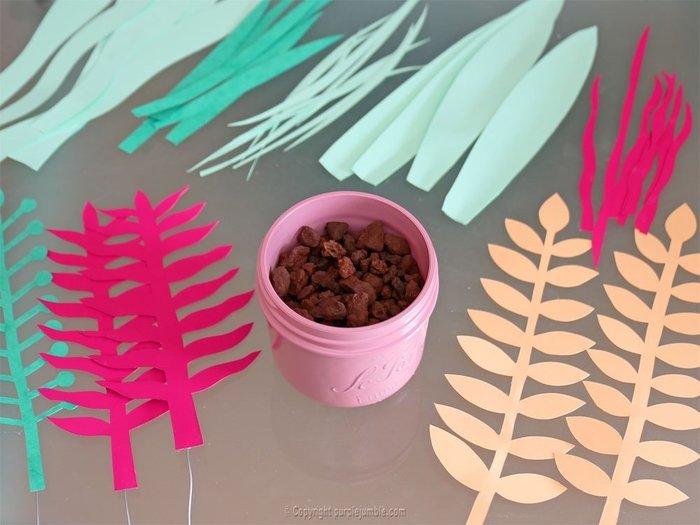 Bouquet printanier en papier -Décorer le pot en verre et le remplir