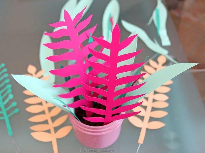 Bouquet printanier en papier -Composer notre bouquet