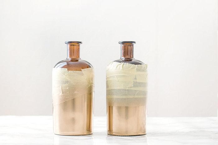 Pimp tes bouteilles en vases !-Nettoyer, scotcher & peindre !