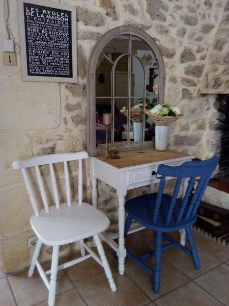 Rénovation et peinture de chaises en bois -Et voila le résultat !