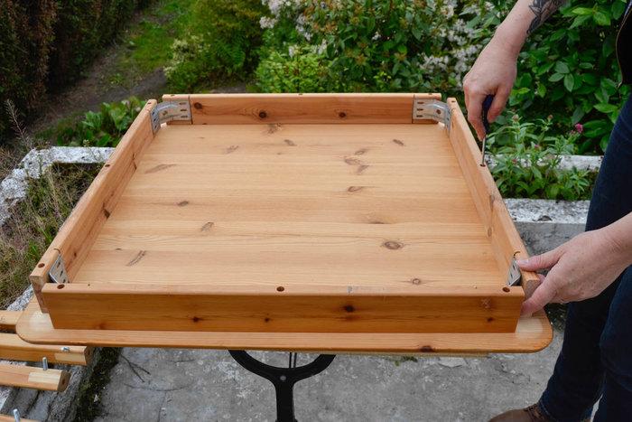 Moderniser une table en porte-plantes rétro-DEMONTER LA TABLE