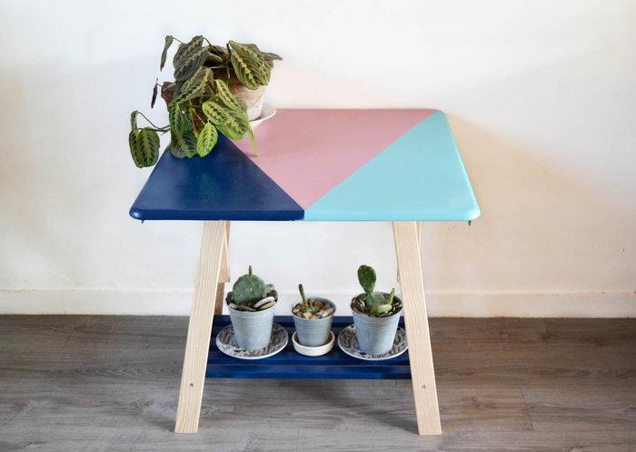 Moderniser une table en porte-plantes rétro-FIXER LE PLATEAU SUR LE TRETEAU