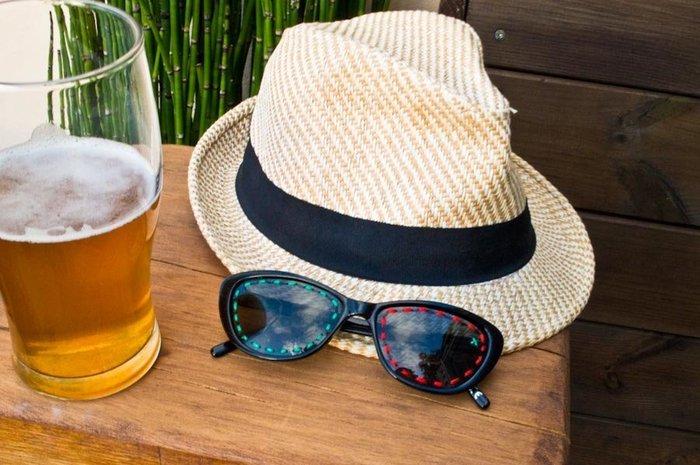 Broder des lunettes de soleil / DIY-Broderie des lunettes