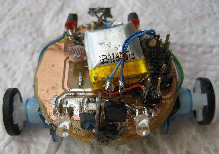 TinyBot24 mini robot autonome  4cm  25 Gr -Assemblage final