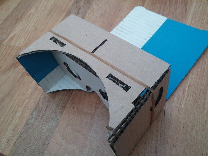 Lunettes de réalité virtuelle en carton-Pliage du corps et assemblage final