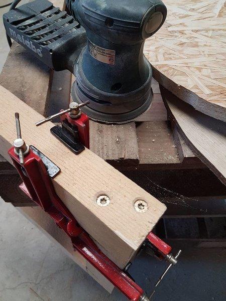 Table de chevet en palettes-Création de la structure