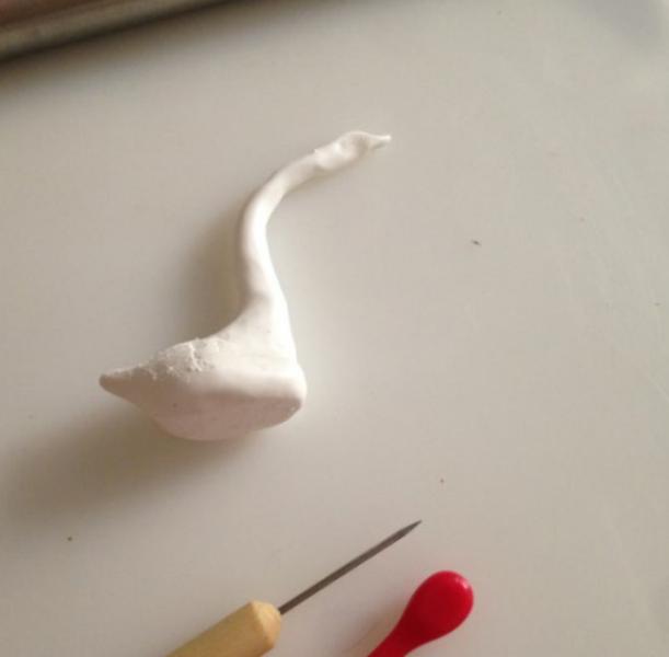 DIY : Porte-bague en pâte FIMO-Etape n°3 : Le cou