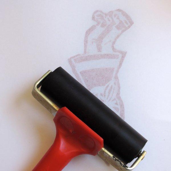 DIY : Linogravure autour du rugby !-Encrage de votre personnage