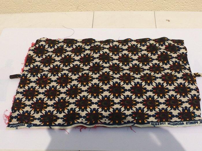 Porte-couverts/set de table avec pochette amovible-Etape 7