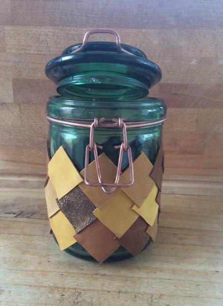 Le Vase Ananas-ETAPE 5_ LE COLLAGE DES MORCEAUX