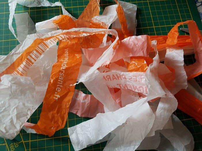Décoration en tricotin recyclé.-Préparation des pelotes.