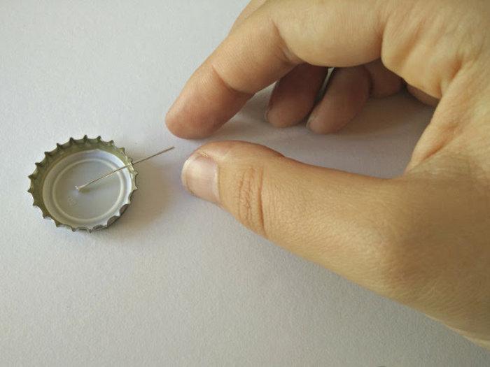 Bijoux en plastique dingue avec des capsules recyclées-Préparer la capsule