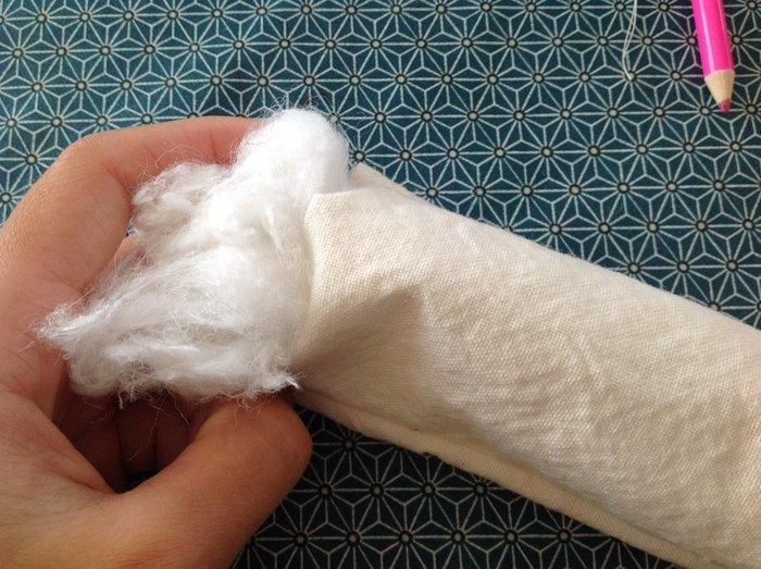 DIY : coussin pour bracelets-Rembourrage du coussin