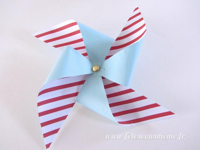 Moulins à vent de papier-Formez le moulin