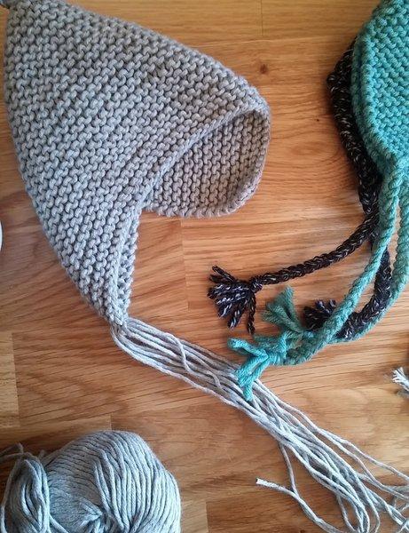 Bonnet de bébé lutin -Finitions