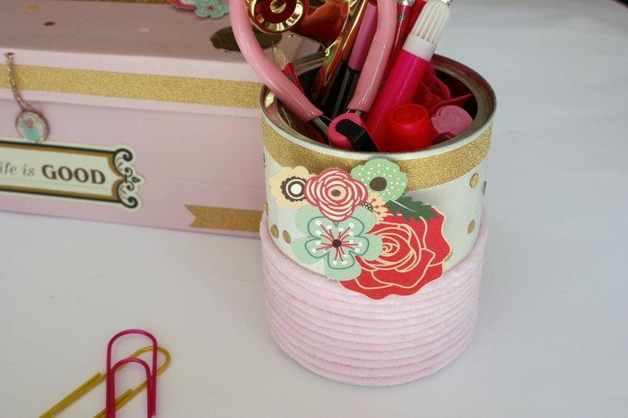 Esprit récup et rose poudré pour cet ensemble de bureau-Remplissez avec vos accessoires de bureau