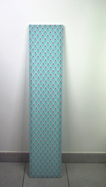 Luminaire design et pratique avec son chargeur USB intégré-Pose du tissu