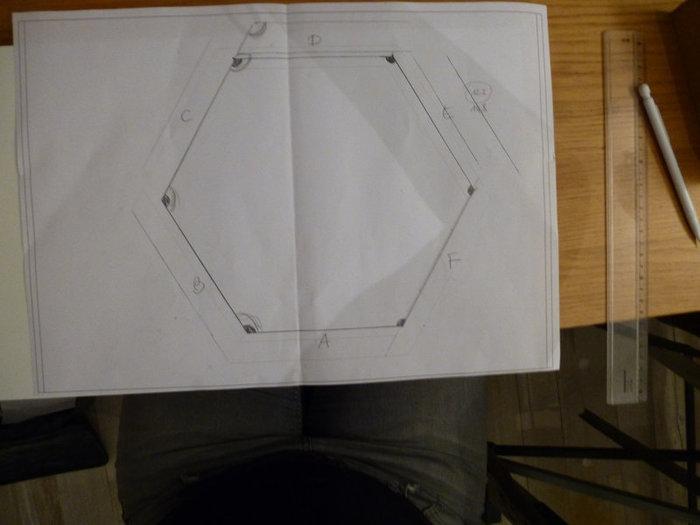 Beezbrille applique murale-Création du fond de l'applique