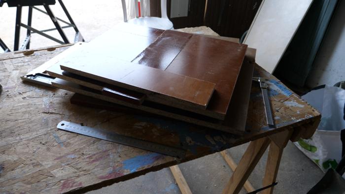 Fabriquer une borne d'arcade avec des matériaux recyclés-Découpe des planches