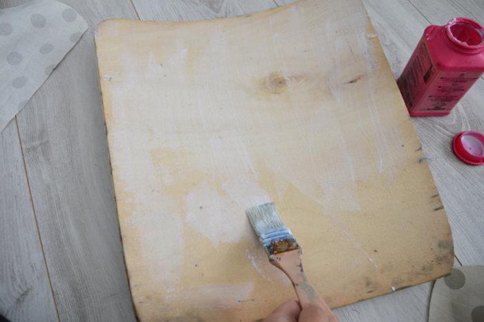 Rénovation d'une vieille chaise en bois et tissus-Habiller le dossier