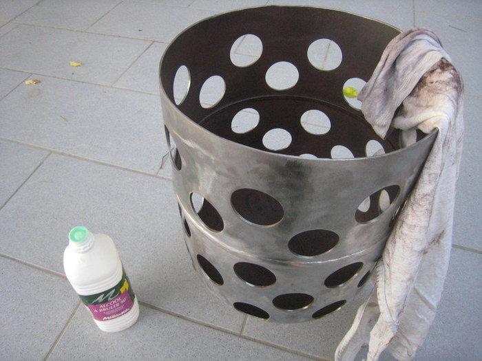 Une lampe bouteille gaz -Peinture de l'intérieur