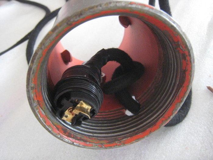 Une lampe bouteille gaz -Equipement électrique