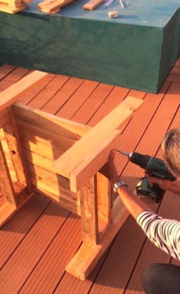 """À l'ombre du """"BlaBlaBanc"""" -Fabrication de l'assise"""