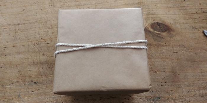 """Emballage cadeau """"Chic et pailleté"""" -Décorer"""
