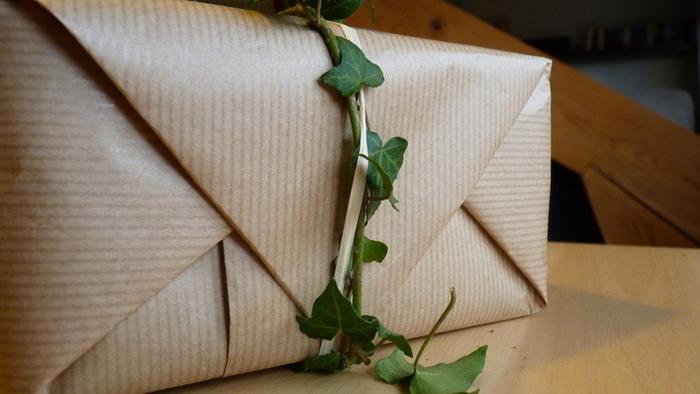 """Emballage cadeau """"Tout nature""""-la décoration"""