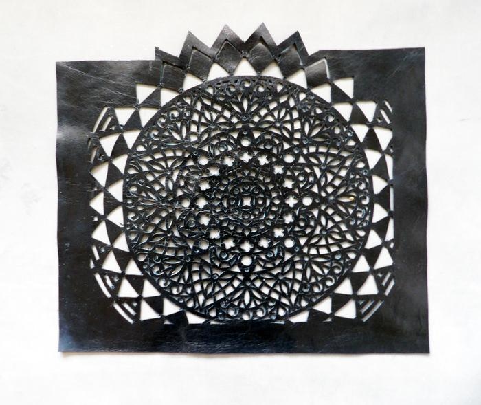 DIY du sac en cuir ajouré -Etape 2: