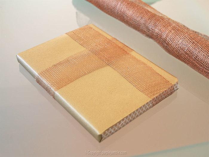 Un paquet cadeau recup et nature-Décorer l'emballage avec de la jute et un fil coton