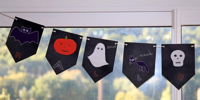 Une guirlande effrayante pour Halloween -Accrocher la guirlande