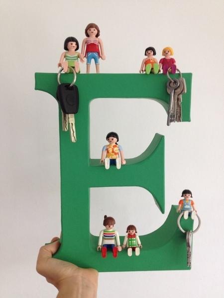 DIY un porte clés lettre playmobils-Accrocher vos clés