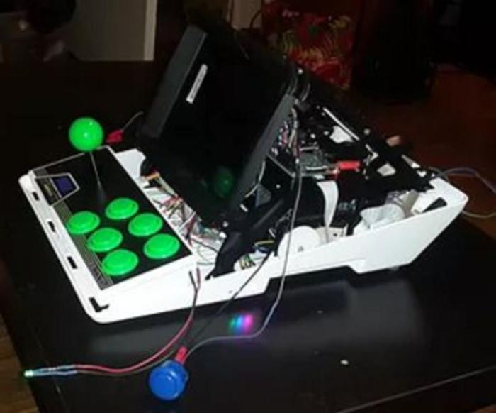 Minitel Arcade-L'assemblage