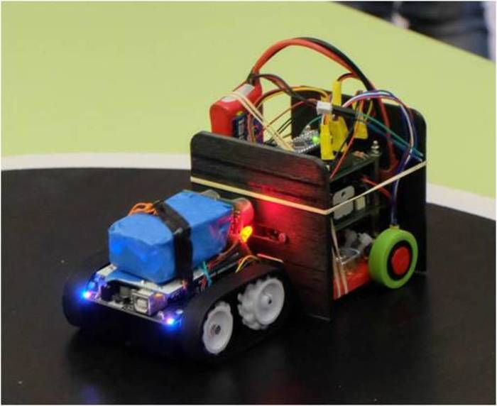 Fabriquer un robot SumoBot v4.0 (obsolète)-Qu'est-ce que les robots Sumos ?