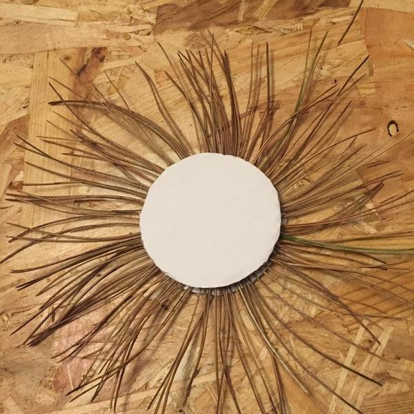 Les miroirs cuivrés-Le miroir aiguille de pin