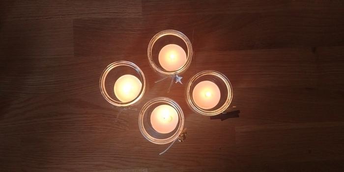 Nos 4 bougies de l'avent -Préparation des bougeoirs