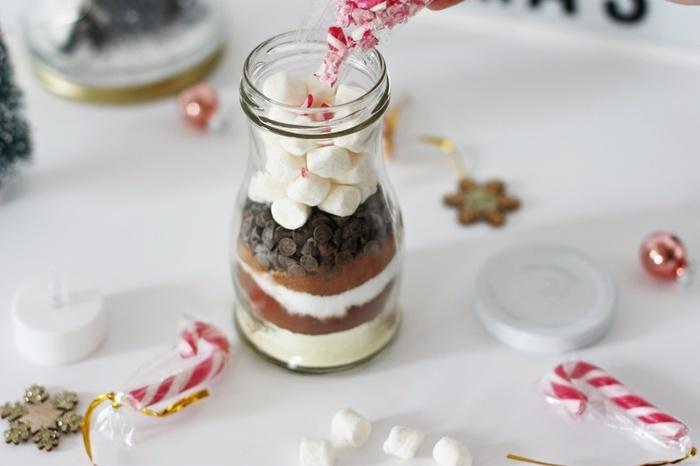 Un kit pour chocolat chaud-Ajoutez le topping