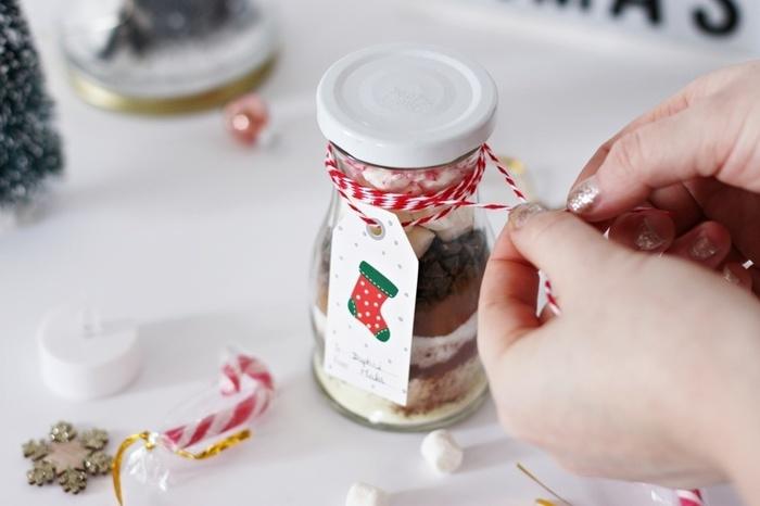 Un kit pour chocolat chaud-Fermez et décorez