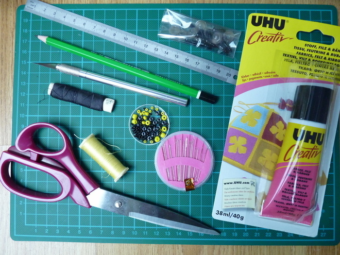 DIY : Customiser un coussin : le pingouin-Détails du matériel nécessaire