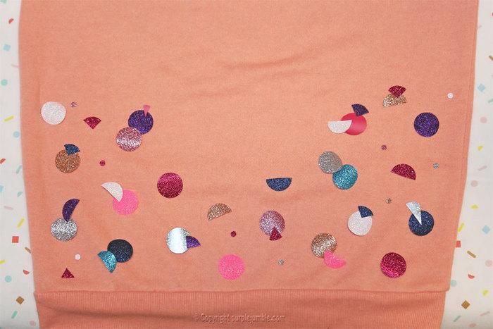 Un sweat customisé haut en couleurs !-Disposer les formes