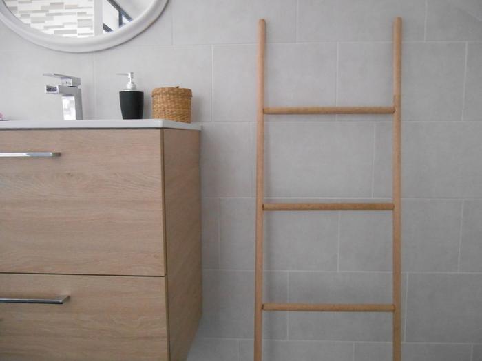 Une échelle porte-serviettes-FINAL