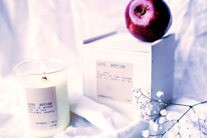 Love potion: la bougie de massage de Saint Valentin dans un becher de chimie-Etape 4: