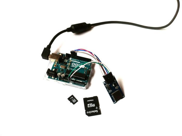 Télécommande Universelle Arduino-Comment utiliser le lecteur de carte SD avec l'Arduino?