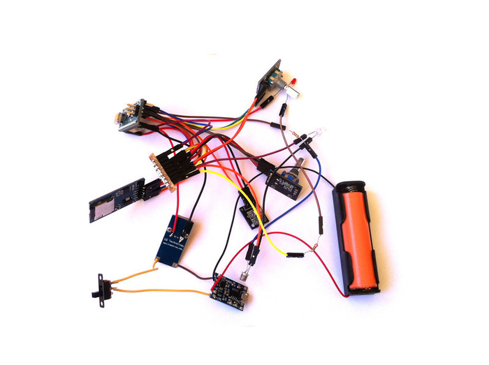 Télécommande Universelle Arduino-Le circuit final, mobile avec une batterie